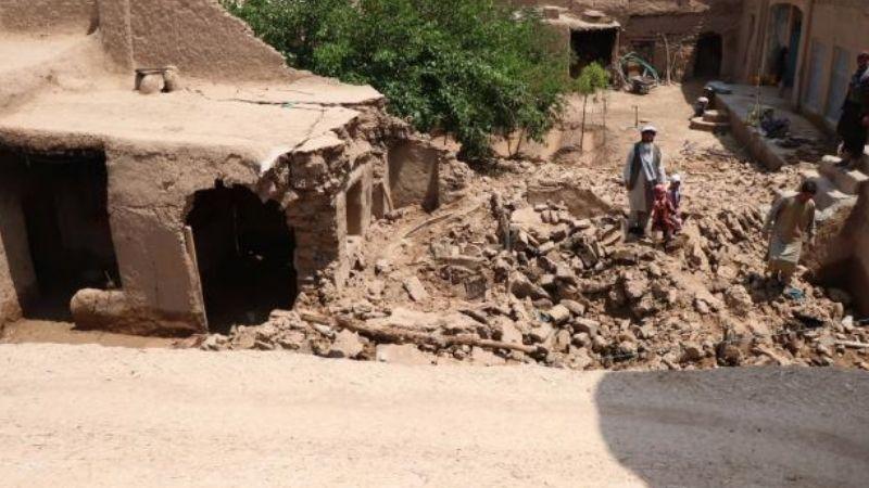 Vivienda colapsa por fuertes lluvias; muere una familia entera, había cinco menores