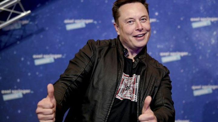 De multimillonario a comediante: Elon Musk debuta en SNL, se mofa del dogecoin y hace esta confesión