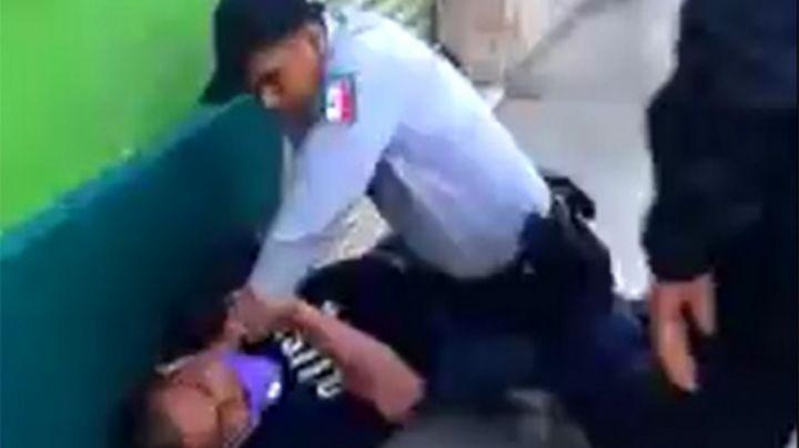 VIDEO: Policía somete y golpea brutalmente a detenido; investigan abuso de autoridad