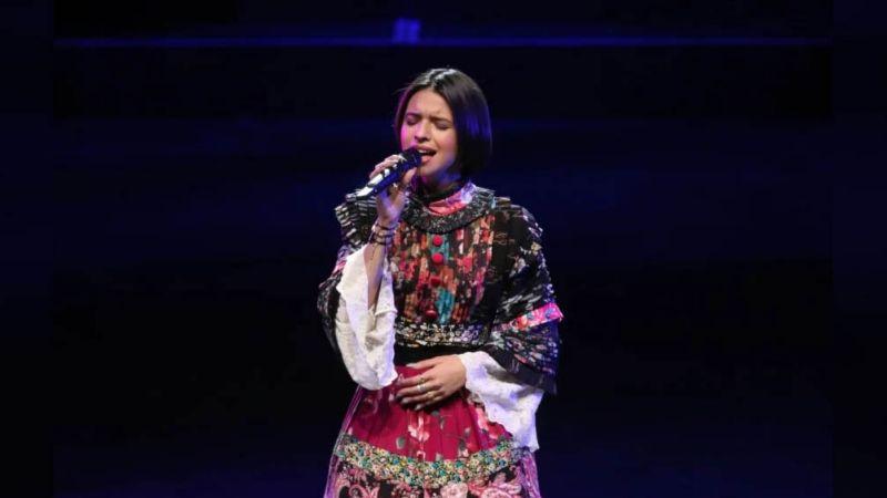 Tras regaño de su padre, Ángela Aguilar 'estalla' respecto a su 'falta' al Himno Nacional