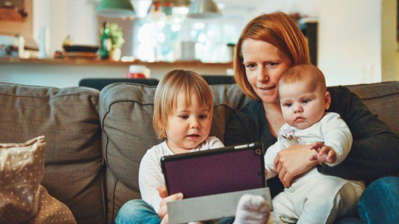 Día de las madres sin Covid-19: Festeja de forma segura con estos consejos clave del IMSS