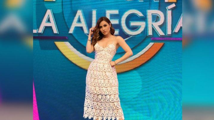 Cynthia Rodríguez modela llamativo atuendo en los foros de TV Azteca y enloquece las redes