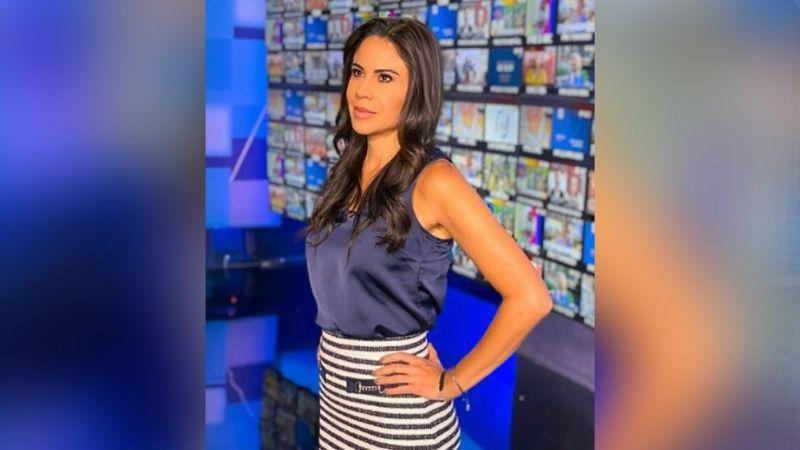 Paola Rojas presume cinturita a sus 44 años desde foros de Televisa y deja en shock a Instagram
