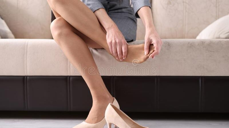 Logra relajar tus piernas cansadas con estos sencillos ejercicios