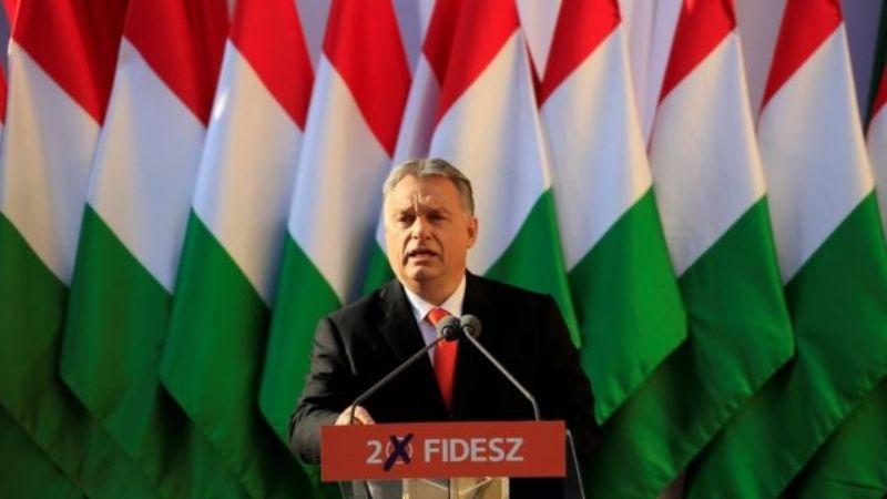 Hungría presentó una ley para prohibir la homosexualidad y cambio de género entre los menores