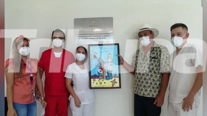Develan placa en honor al personal médico que luchó contra el Covid-19 en Guaymas