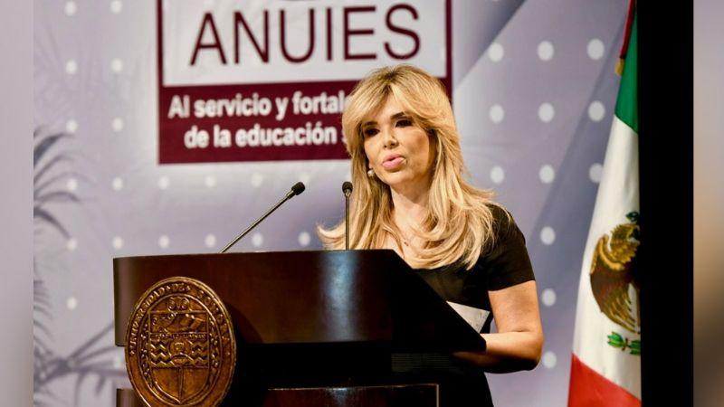 """""""La educación superior es herramienta para construir el futuro de los jóvenes"""": Afirma Claudia Pavlovich"""