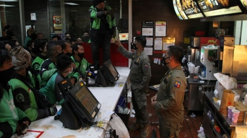 Menú de BTS en McDonald's causa aglomeraciones en Indonesia y deciden cerrar las tiendas