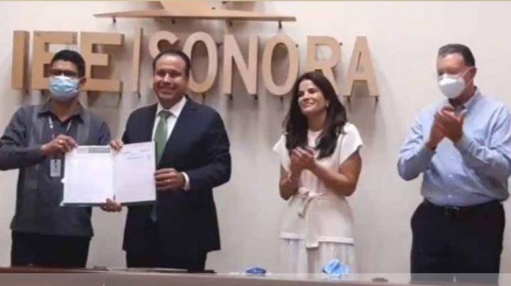 'Toño' Astiazarán recibe acta de mayoría como alcalde de Hermosillo; Célida López buscará impugnar