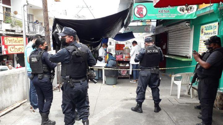 Dos vendedores de tacos son asesinados a balazos en su puesto; murieron abrazados