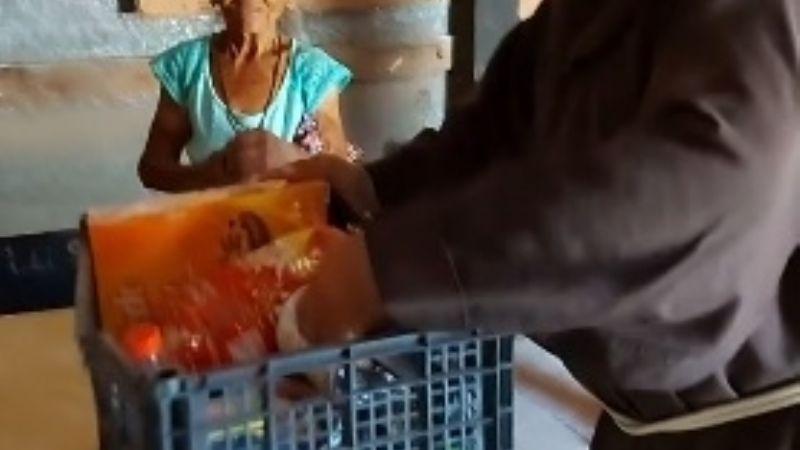 """""""El mundo necesita más empatía"""": Voluntarios de Casa Franciscana entregan ayuda en Santa Clara"""