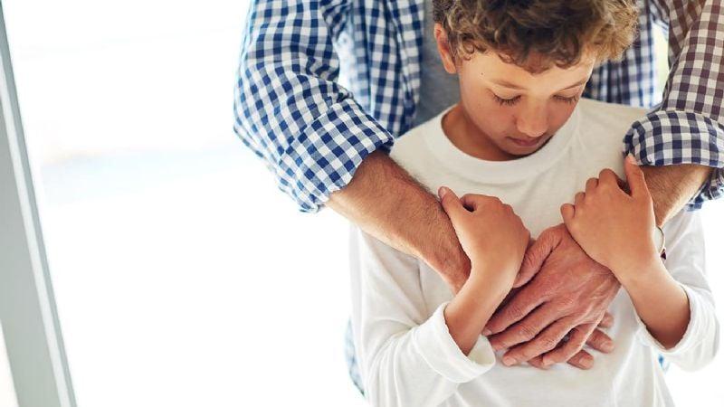 Abuso frustrado: José violaría a un niño; la madre del menor lo rescata justo a tiempo