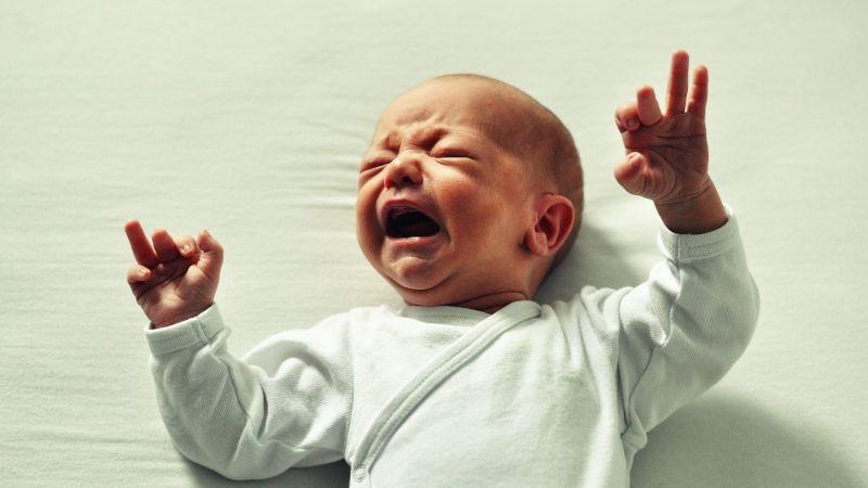 Brutal maltrato: Un hombre le da una golpiza al bebé de su novia; su estado es grave