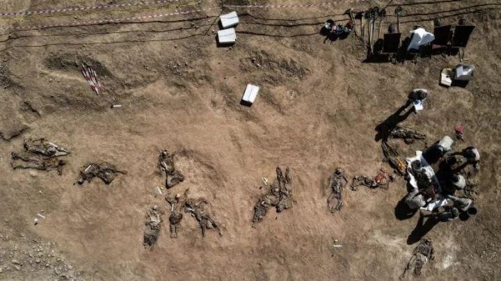Fueron torturados y asesinados: Hallan 123 cuerpos en una fosa común; revelan esto
