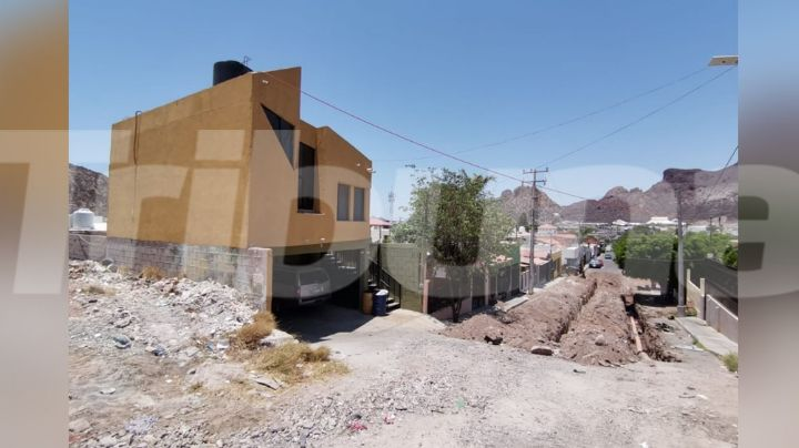 Abuso de autoridad: Servidores públicos del Municipio de Guaymas mandan pavimentar sus calles