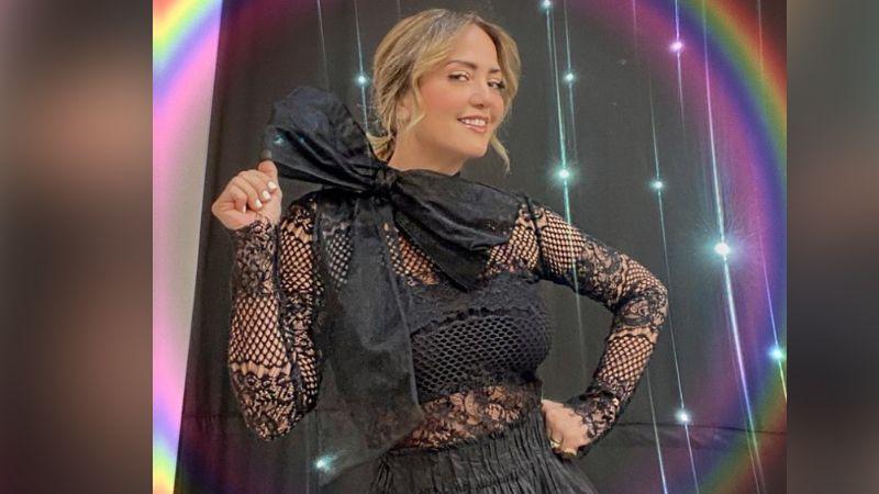 Andrea Legarreta enloquece Televisa al posar en elegante vestido verde desde 'Hoy'