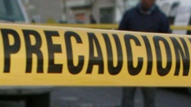 Colgado de un árbol y sin signos vitales, encuentran a un hombre en Guanajuato; se habría suicidado