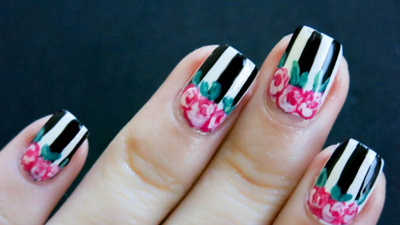 ¡Lleva el estilo en tus manos! Estos diseños de uñas con flores 'vintage' te fascinarán