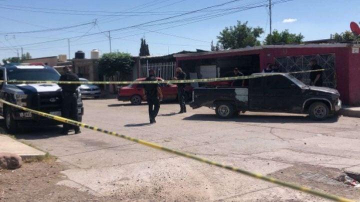 Encuentran 3 muertos en una casa; presentaban signos de golpes y cortes en el cuerpo