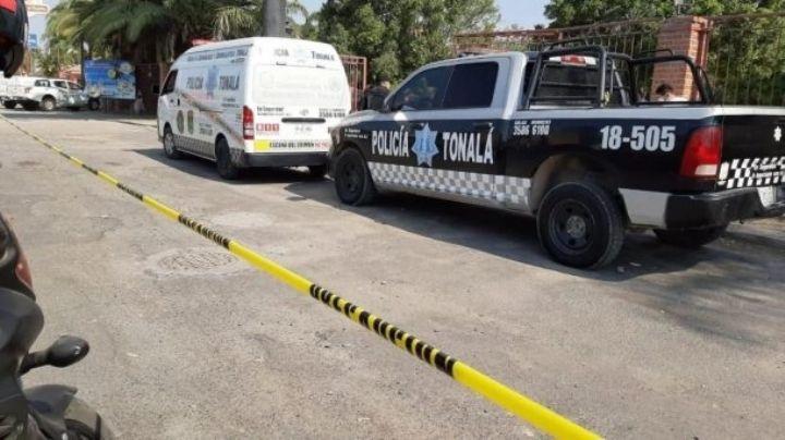 La asesinaron: Empleada es golpeada y apuñalada hasta la morir; entraron a asaltar el negocio