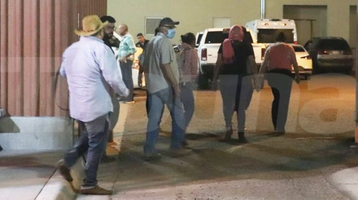 Familiares del vocero yaqui Tomás Rojo acuden a la FGJE; analizan ADN de cuerpo hallado en Vícam