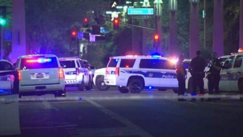 Hombre dispara desde su auto en Arizona; hay un muerto y una docena de heridos