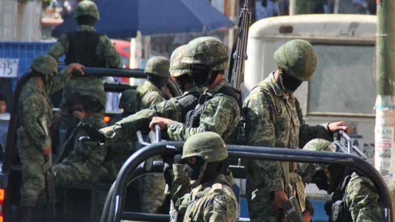 Detienen a 10 presuntos sicarios con armas largas y autos blindados en Hidalgo