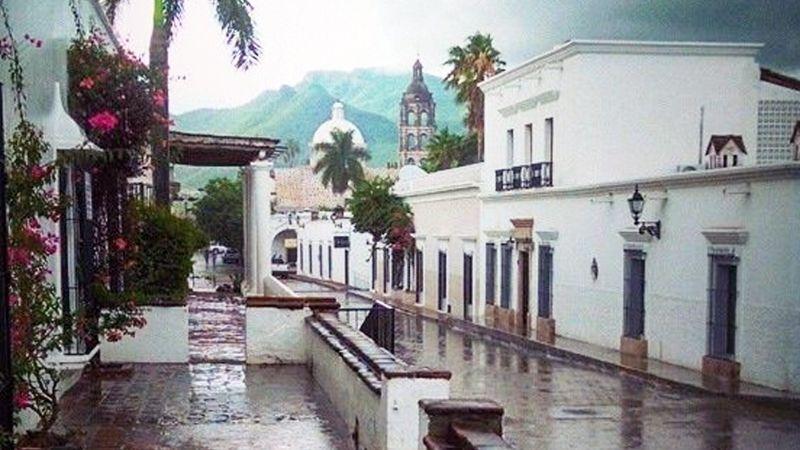 VIDEOS: Así se vivió la primera lluvia de la temporada 2021 en Álamos, Sonora