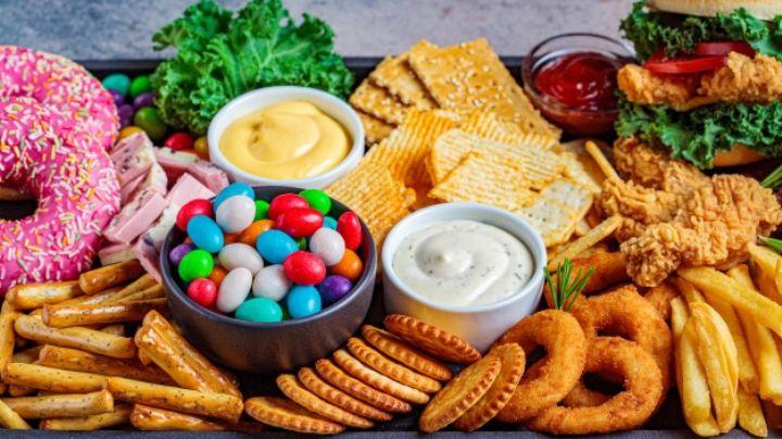 ¿Tienes el colesterol alto? Identifica los alimentos que debes evitar por completo