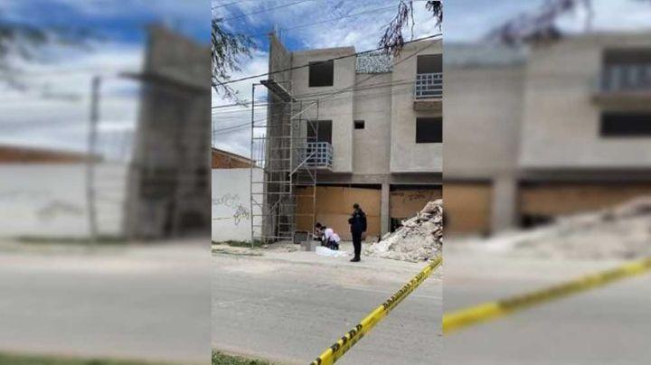 Albañil muere tras caer de 7 metros de altura; recibió una fuerte descarga eléctrica
