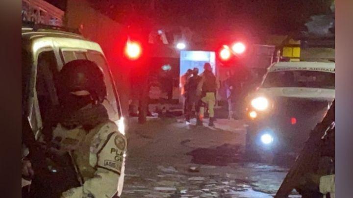 Gatilleros hieren de gravedad a un joven y después se dan a la fuga; autoridades investigan