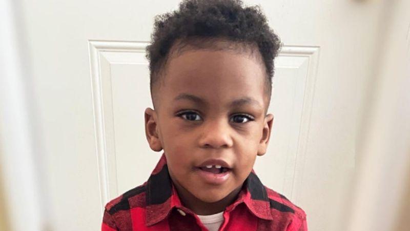 """""""Monstruo"""" dispara desde su auto contra una camioneta y asesina a un niño de 2 años"""
