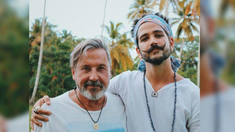 """Ricardo Montaner llama """"gente venenosa"""" a sus fans y defiende a Camilo de las críticas"""