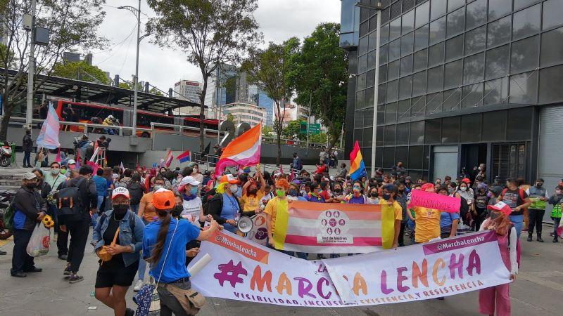 IMÁGENES: Así fue la primera 'Marcha Lencha' en la CDMX; lesbianas exigen un alto a la violencia