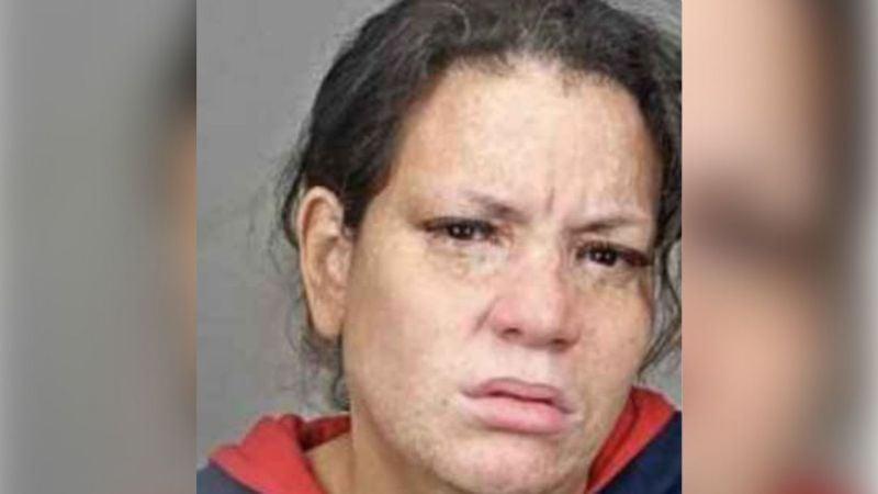 Madre latina enfrenta a la justicia neoyorquina por asesinar a su bebé de 3 meses de edad