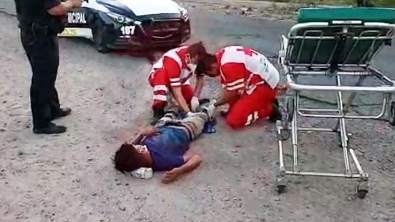 Atropellan a joven peatón en carretera Guaymas-Empalme; acababa de bajar de autobús
