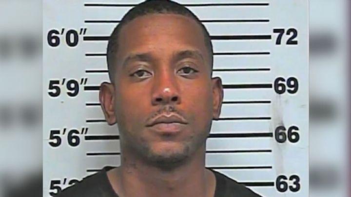 Afroamericano es acusado de homicidio por defender su negocio de un hombre blanco