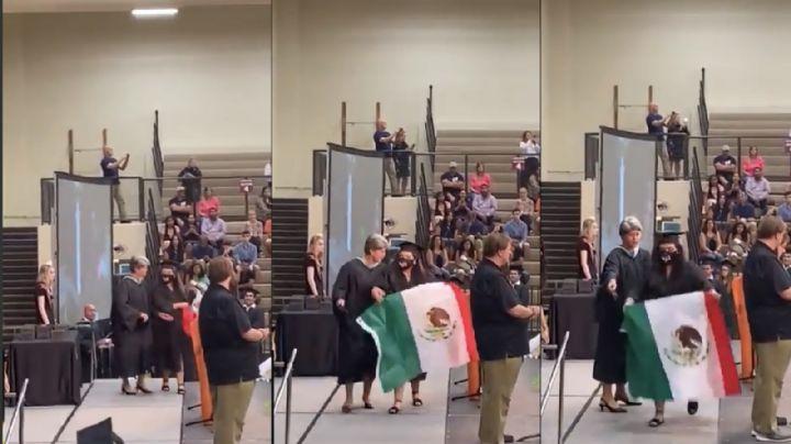 VIDEO: Retiran de ceremonia a joven graduada que portaba bandera de México en EU