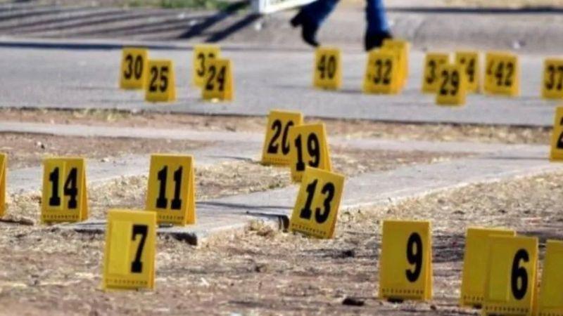 De terror: Conductores se enfrentan en plena calle y huyen; dejan a mujer muerta dentro de auto