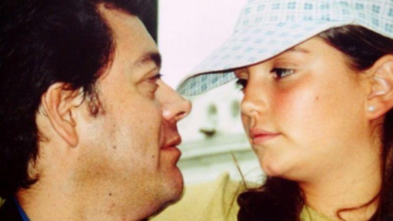 FOTO: Regina Blandón felicita a Roberto Blandón por el Día del Padre ¡muy a su manera!