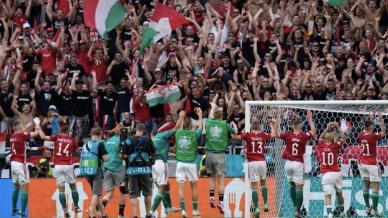 UEFA investigará presuntos actos racistas y homofóbicos durante la Eurocopa