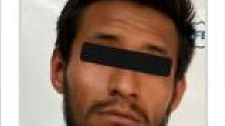 Violación: Fredy entra a la casa de una mujer, la somete y abusa de ella; logra escapar y pide ayuda