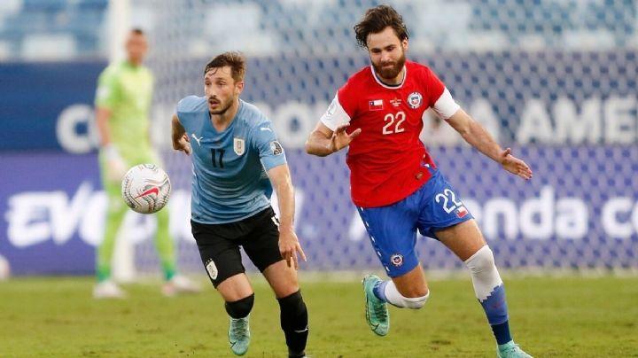 La Selección de Uruguay rescata un empate por un tanto por lado ante Chile