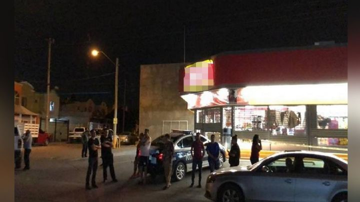 De película: Hombre pierde la vida afuera de tienda; llegó a pedir ayuda tras ser apuñalado