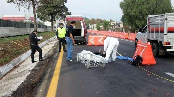 Tragedia en autopista Méxcio-Pachuca: Motociclista cayó y murió aplastado por varios autos