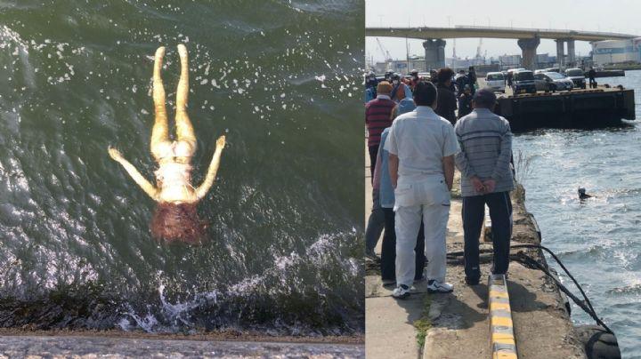 Falsa alarma: Acuden al rescate de una mujer ahogándose y resulta ser una muñeca inflable