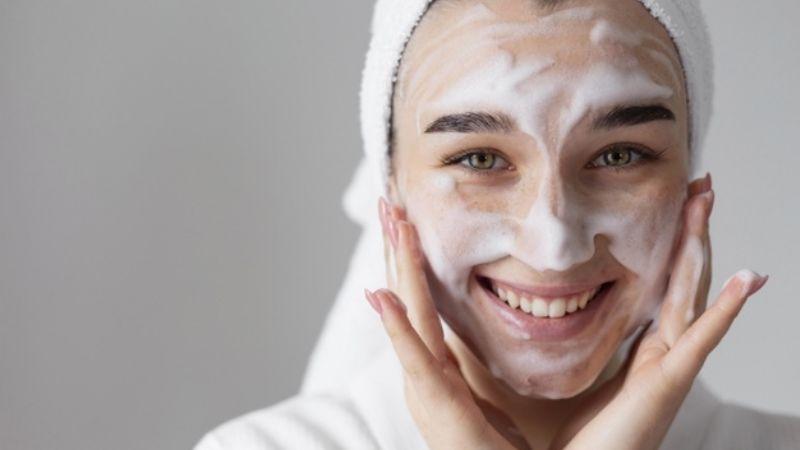 Cuida de tu piel durante este verano 2021 con ayuda de los productos de Avon México
