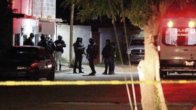 Zacatecas se 'tiñe de rojo': Gatilleros irrumpen en vecindad y matan a siete personas; hay dos heridos