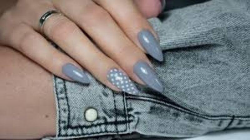 Decora tus manos con estos consejos para colocarte uñas postizas en casa