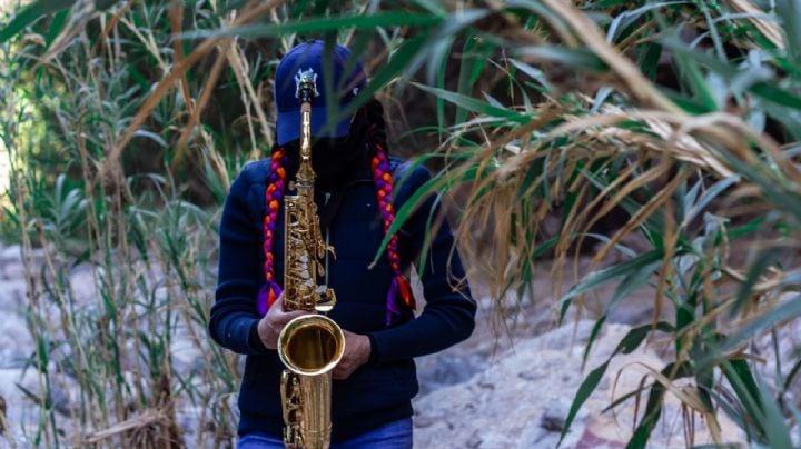 Giran orden de aprehensión contra hijo de exdiputado que roció con ácido a saxofonista en Oaxaca